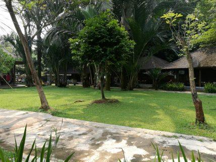 Kampung Nirwana Restaurant