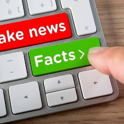 Cari Info Akurat di Pusat Informasi Corona; Tangkal Hoax di Tengah Pandemi!